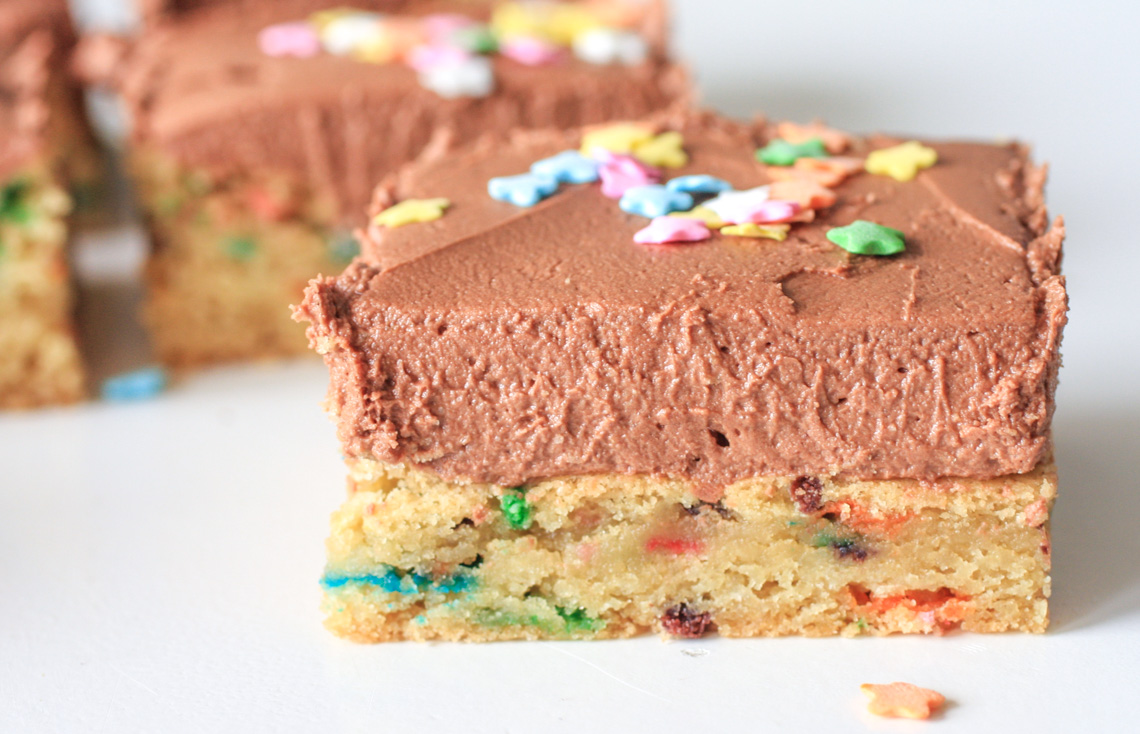 Sugar Cookie Bars with Fluffy Chocolate Frosting-2